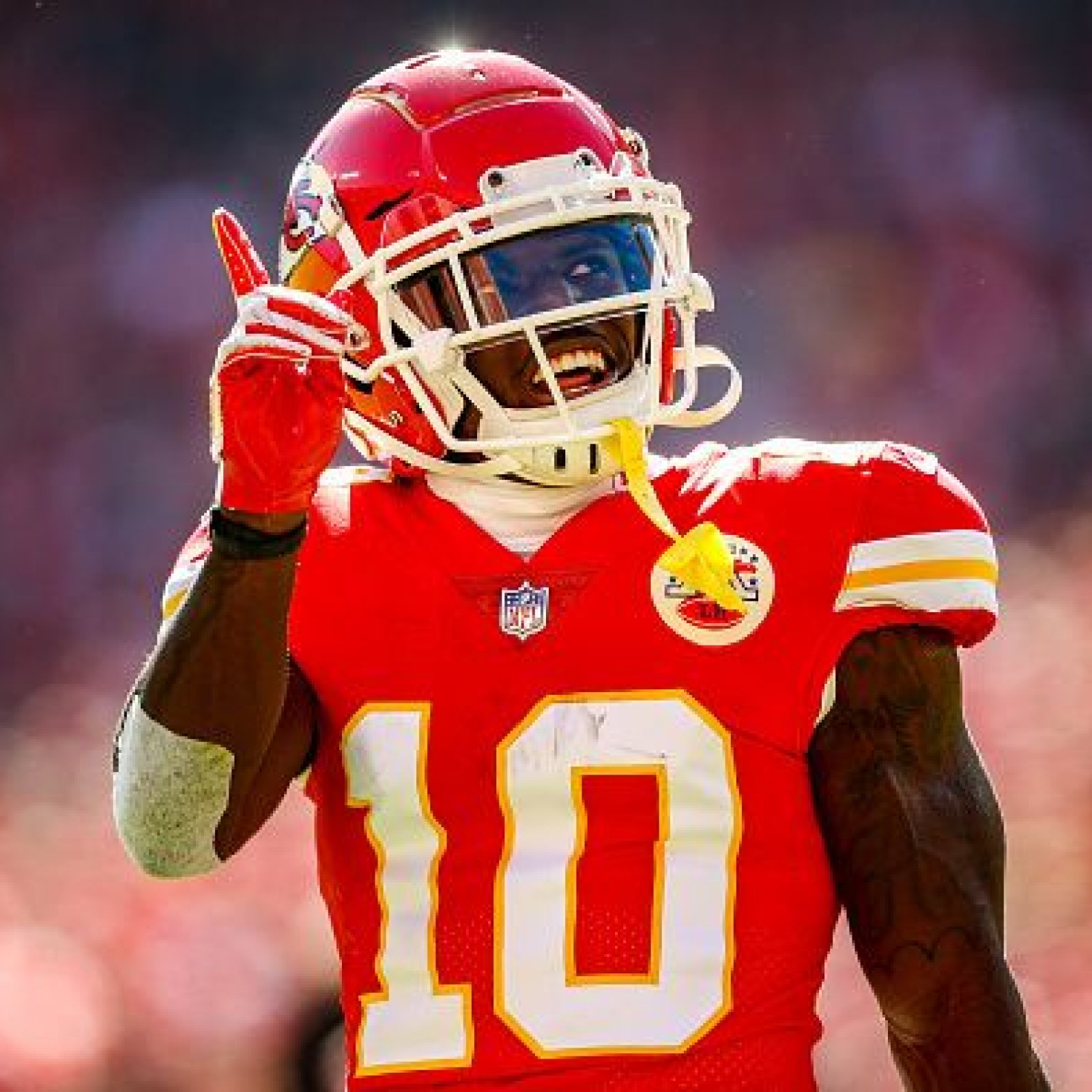 outlet store 0be96 2b280 NFL Week 15 Injury Updates: Tyreek Hill Questionable, Will ...