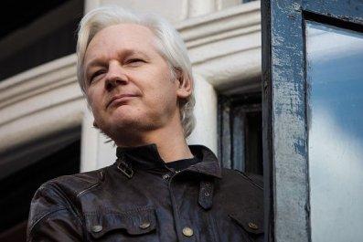 wikileaks founder julian assange, fbi spy, embassy
