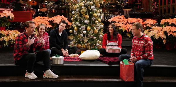 Watch Matt Damon Host 'Saturday Night Live'