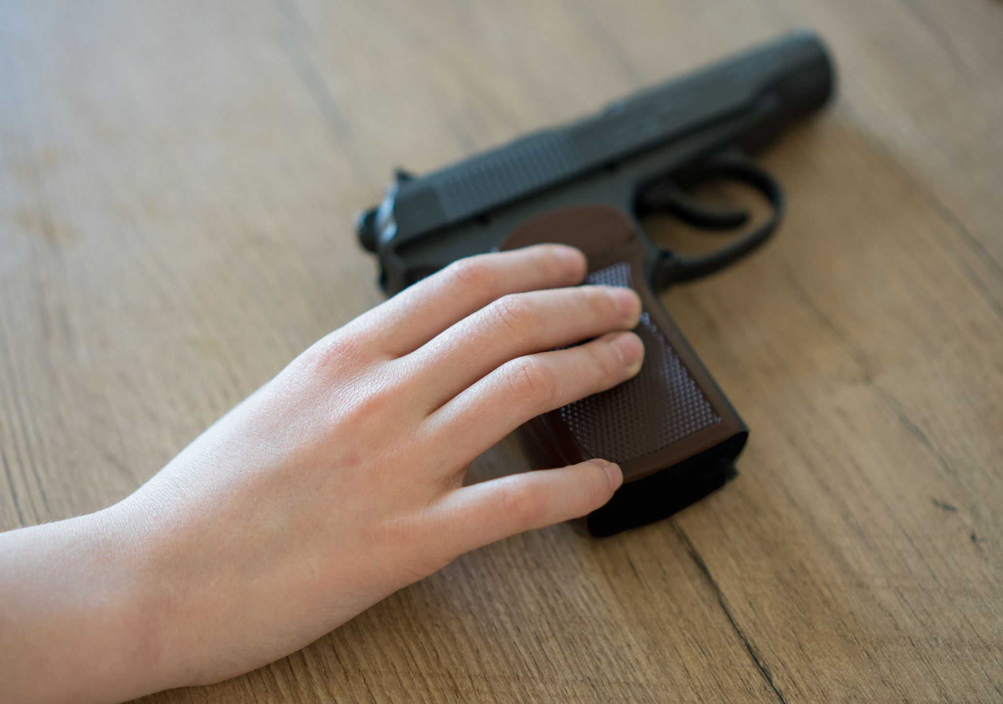 gun child stock getty