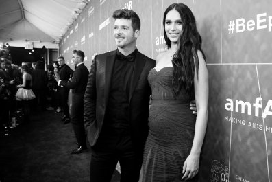 Robin Thicke Proposes to Girlfriend April Love Geary