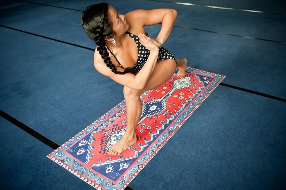 magic-carpets-012-2_45d12c4a-1f79-42c3-8638-c89e987ac715_1000x
