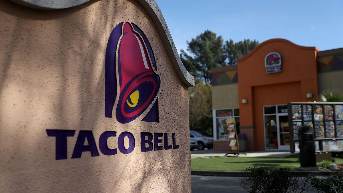 Taco Bell, Hot Sauce, Oklahoma, Shooting, Gunfire, Taco Sauce
