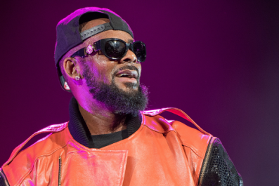 R. Kelly Threatens to Sue Lifetime Over 'Surviving R. Kelly' Docuseries