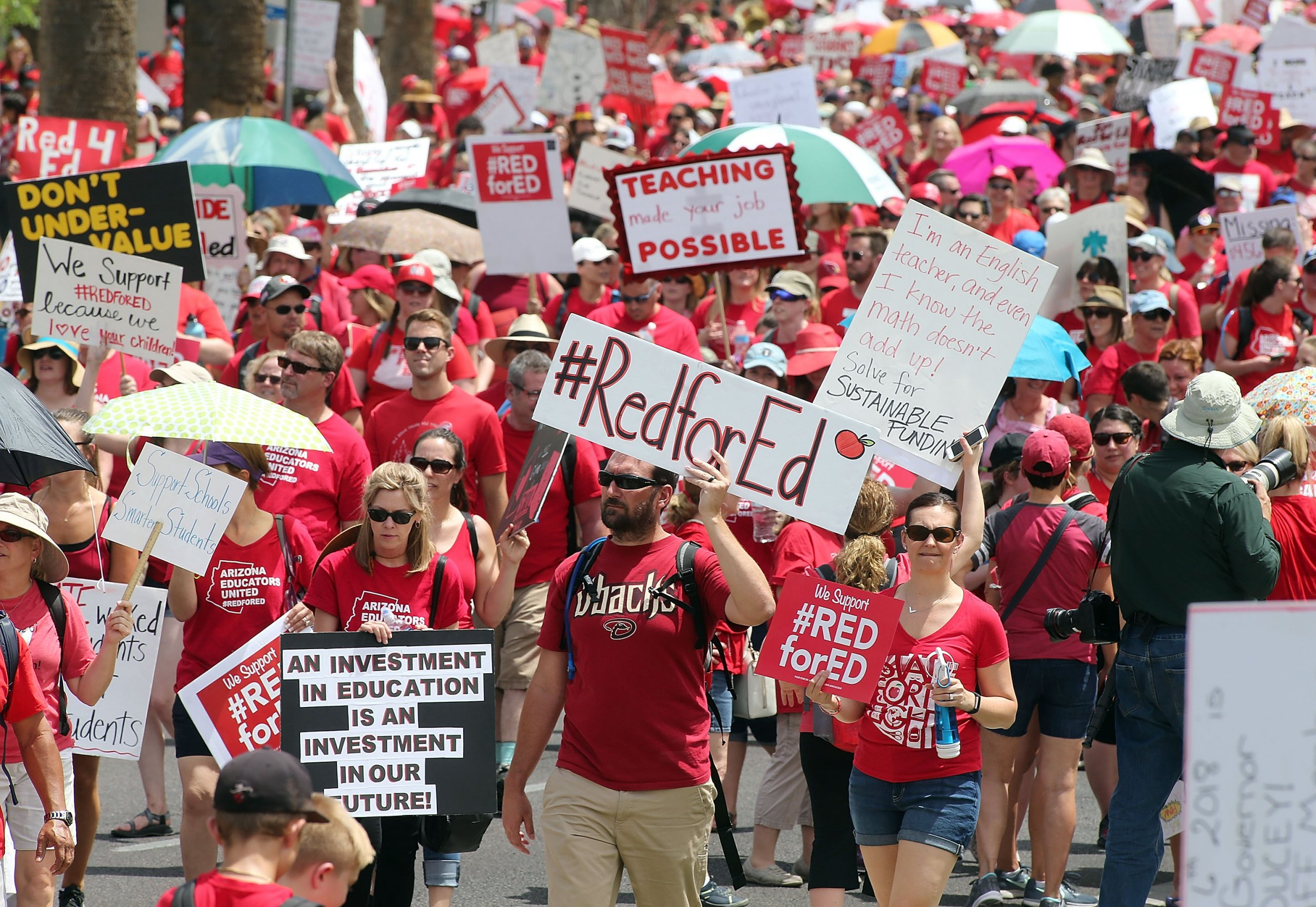 GettyImages-951594260 AZ Red for Ed