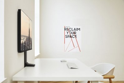 Samsung space monitor price Ces 2019 space saving monitor specs release date