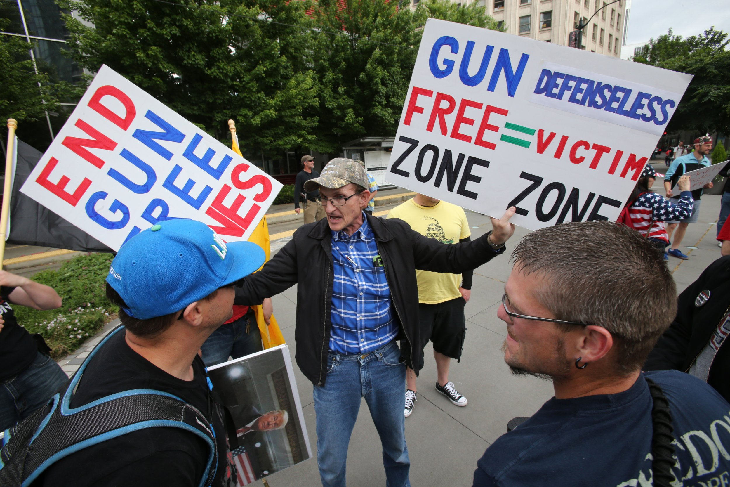 GettyImages-960685650 seattle guns in schools dems