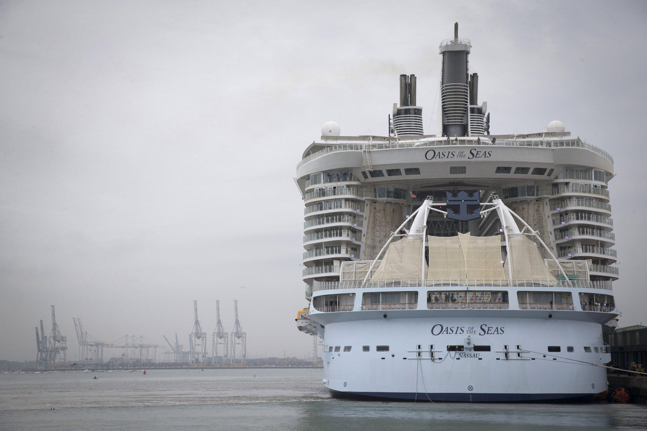 Cruise Ship, Norovirus, Vomiting, Nausea, Florida, Caribbean, Royal Caribbean