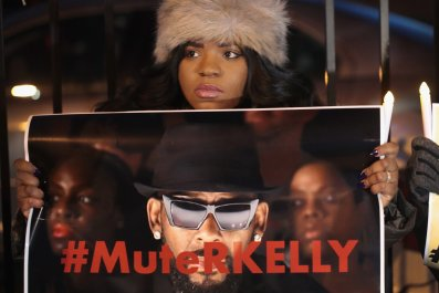 Mute R. Kelly
