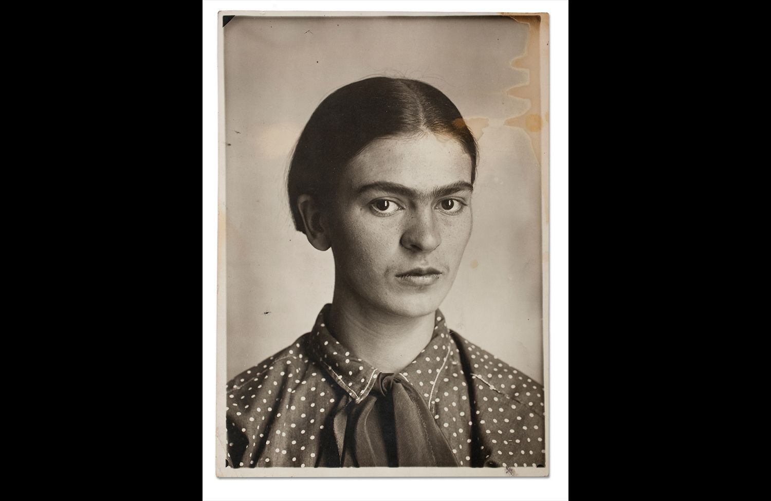 Frida Kahlo: Appearances Can Be Deceiving 10