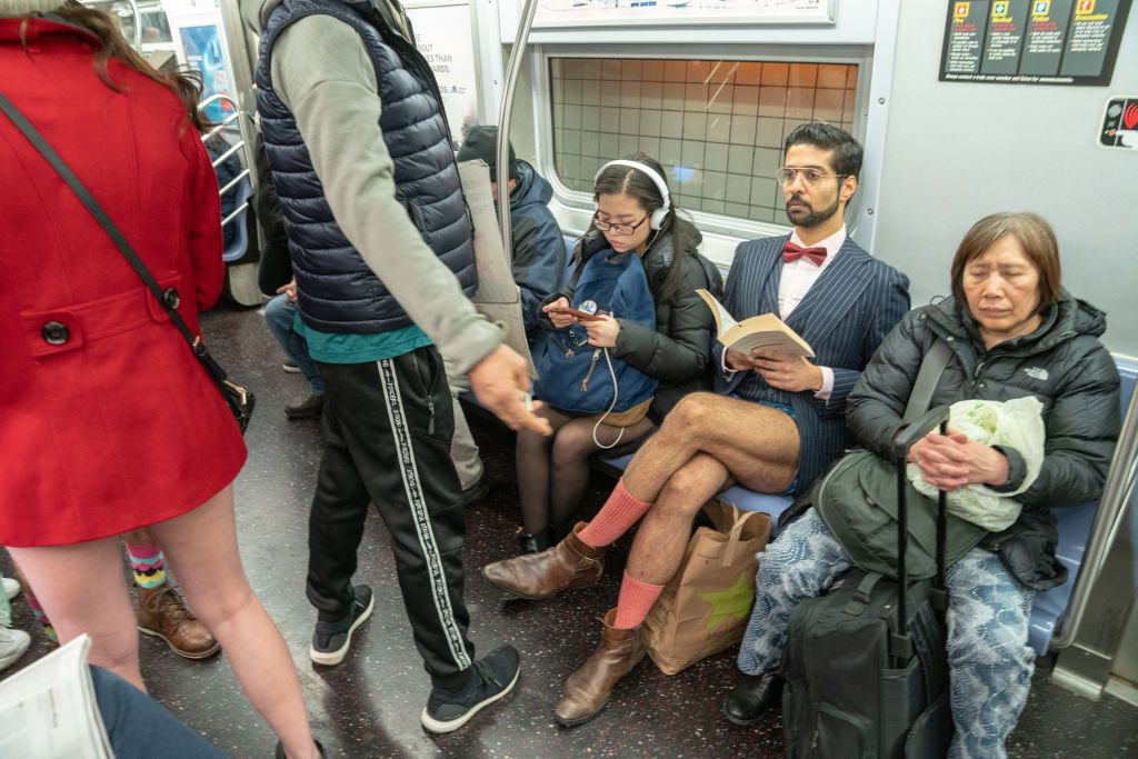The Annual No-Pants Subway Ride Is a Thing People Do - No