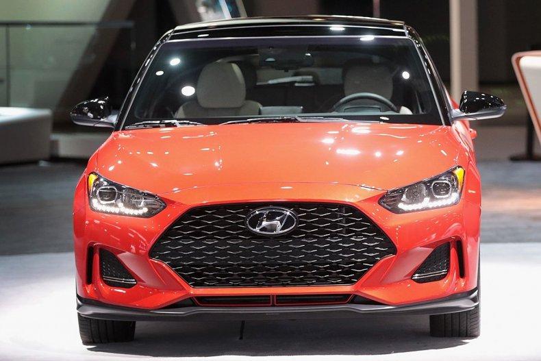 12 Hyundai Veloster