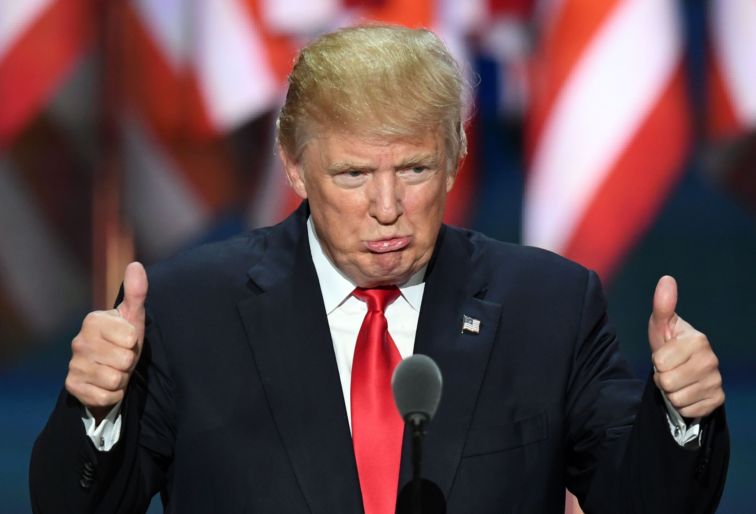 DonaldTrumpApprovalRatingWWII