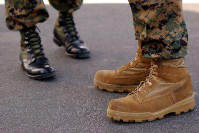 zandrea askew marine veteran strip searched