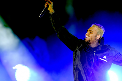 Chris Brown Arrested Following Rape Accusations in Paris