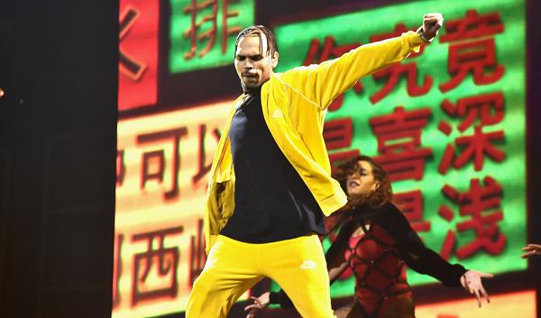 Chris Brown Arrest Update: Singer Plans to Sue Rape Accuser For Defamation Following Release From Paris Jail