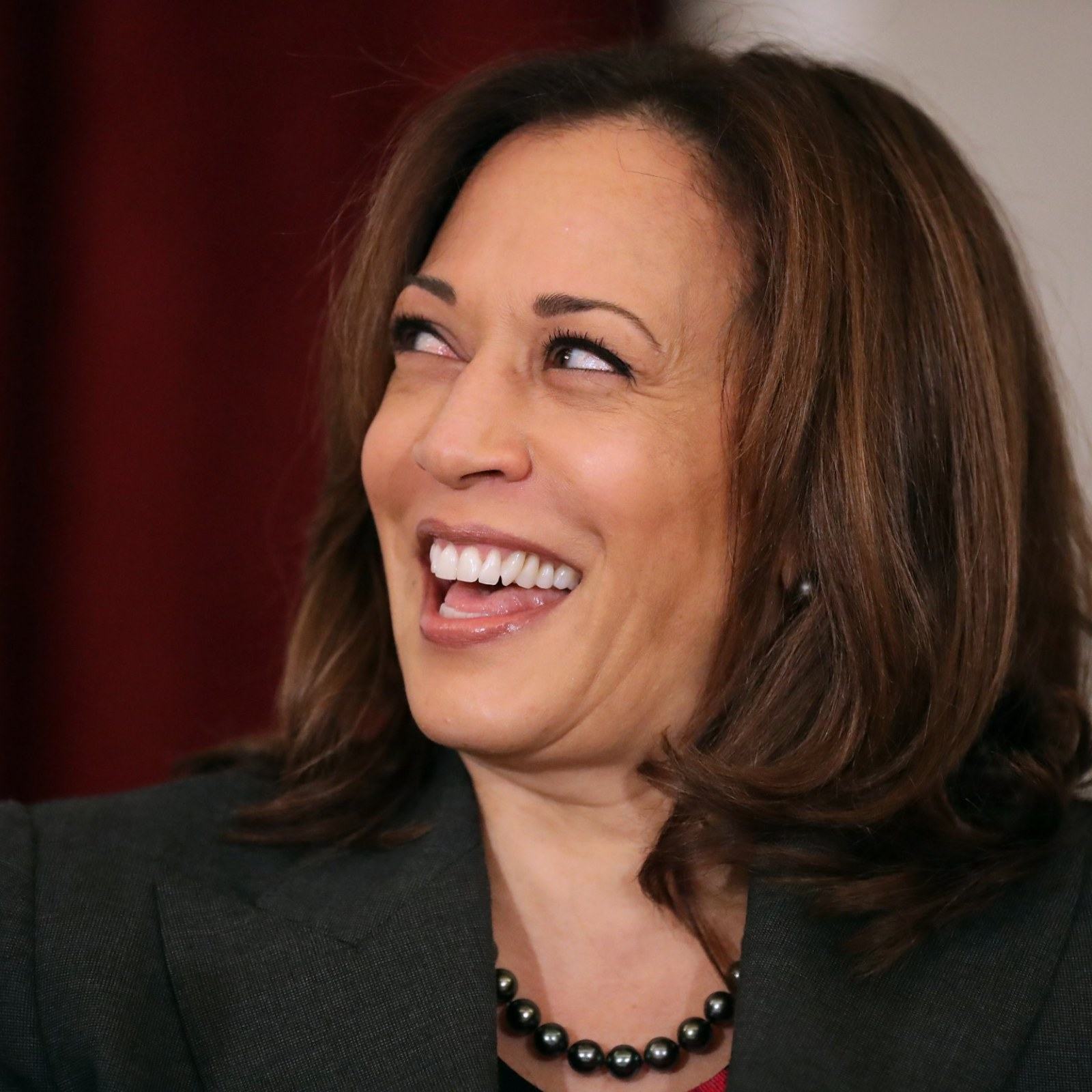 Kamala Harris Dances To Cardi B While Preparing To Give Her Speech