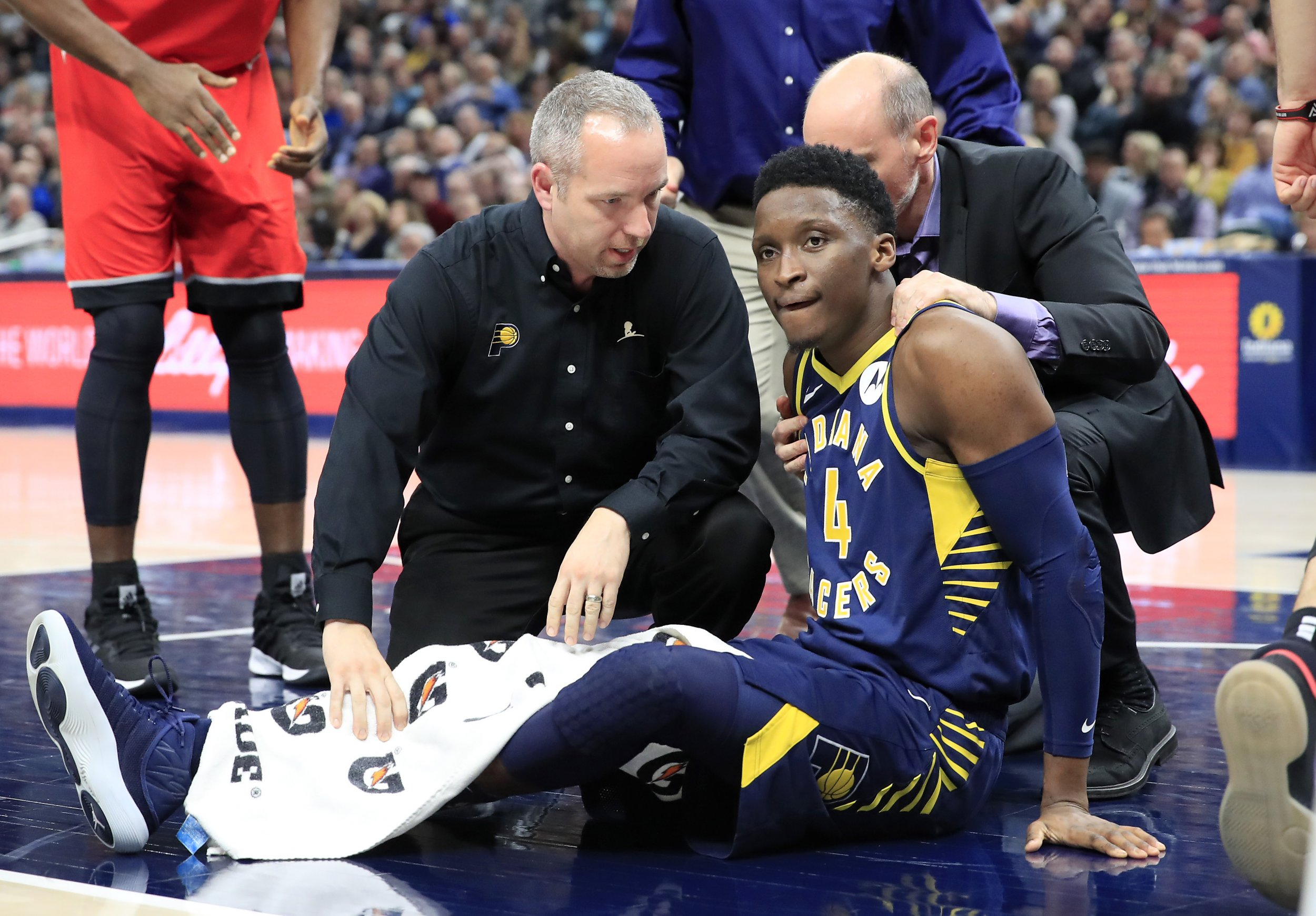 Victor Oladipo Injury: NBA Players React on Twitter