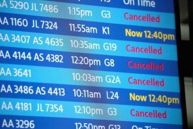 winter storm flight cancellations chicago grand rapids