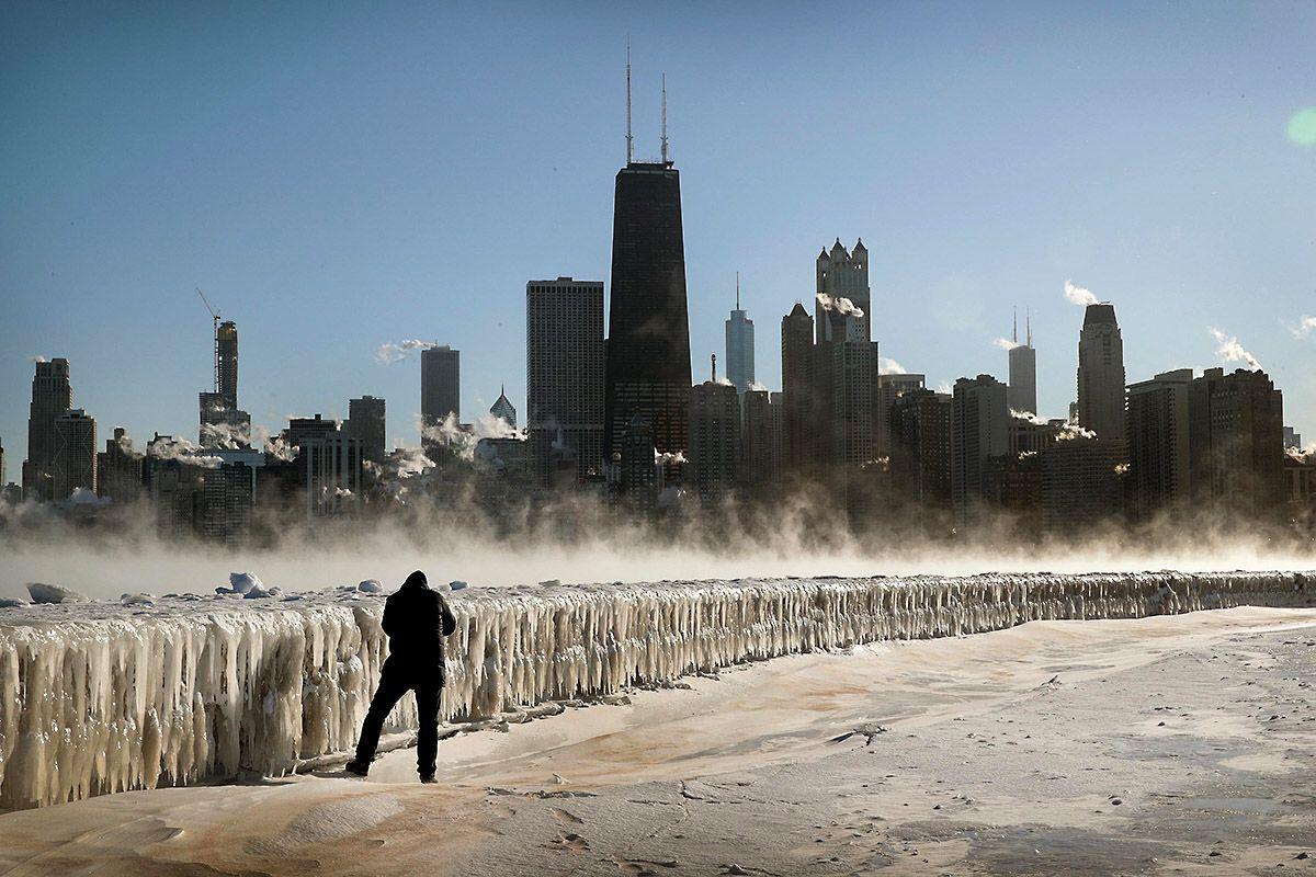 01 Polar Vortex Chicago