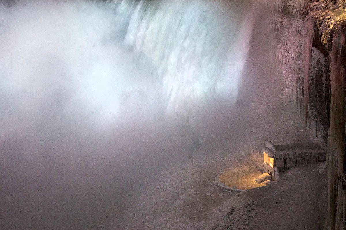 05 Polar Vortex Niagara