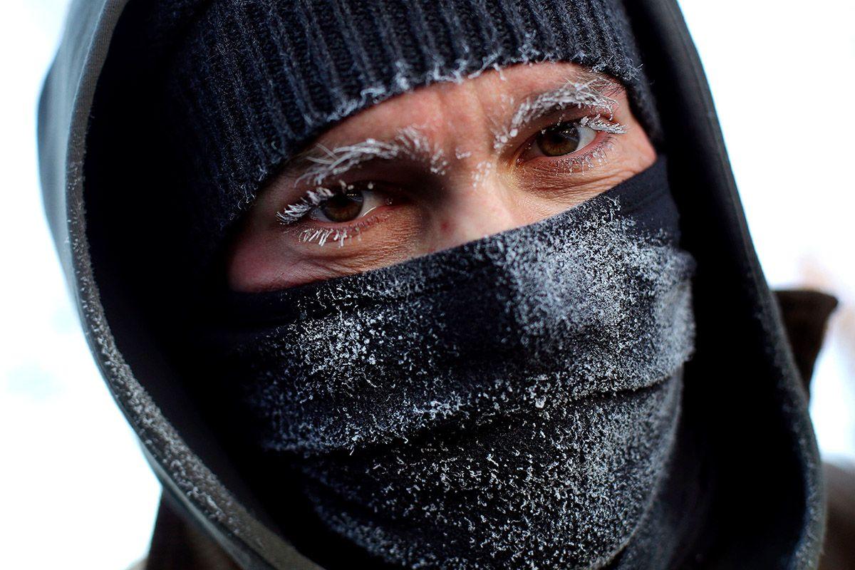 08 Polar Vortex eyelashes