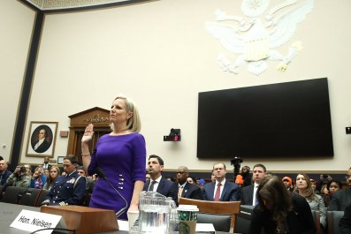 nielsen, hearing, homeland, security, border, wall