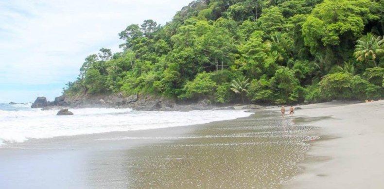 playa-playitas-manuel-antonio costa rica