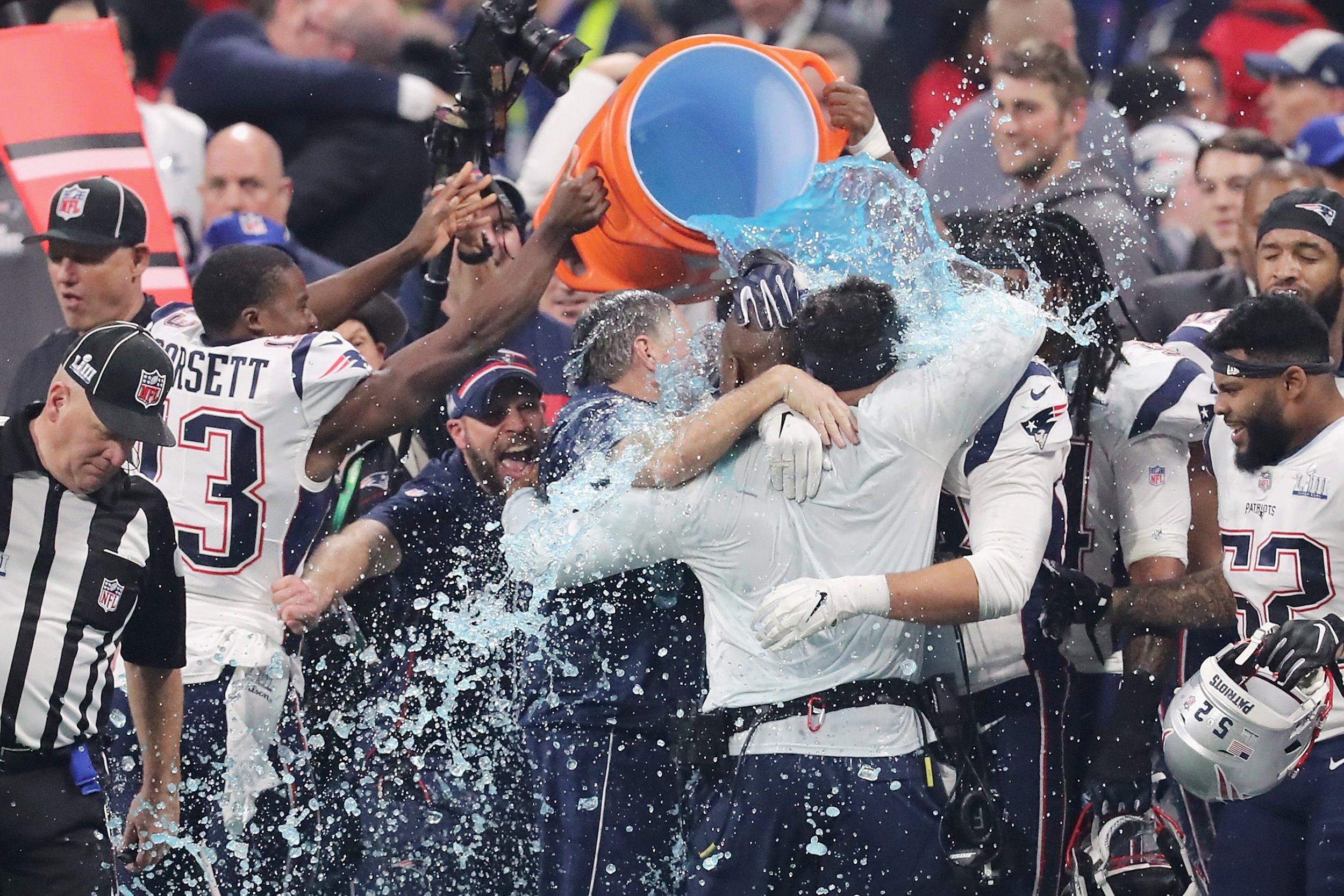 patriots gatorade shower win
