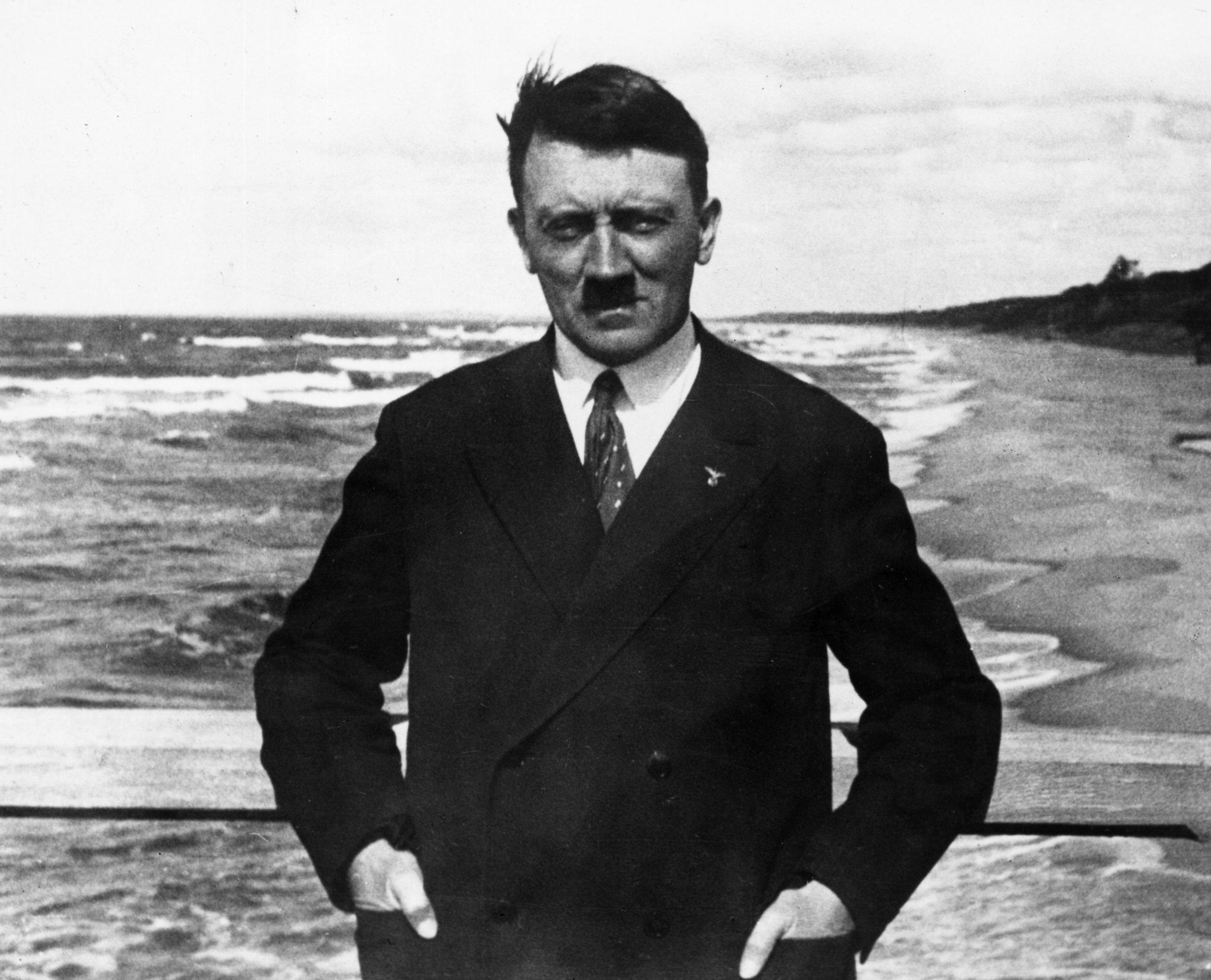 Adolf Hitler, Paintings, Nazi, Artwork, Auction, Nuremberg