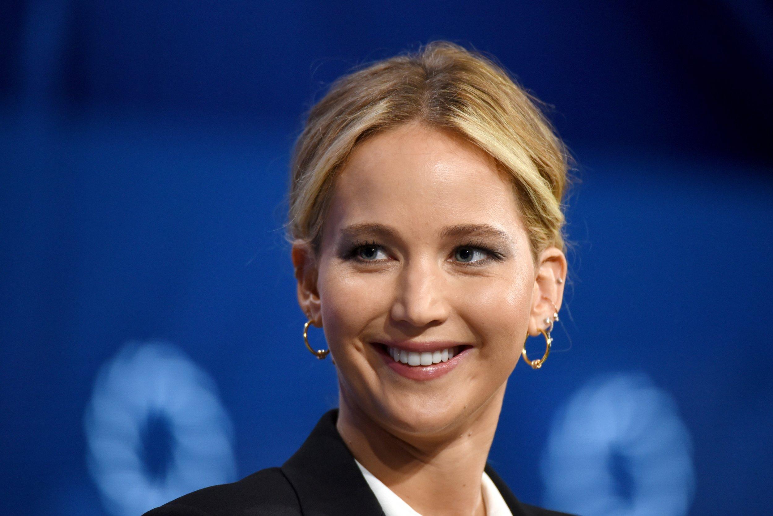 Jennifer Lawrence, Engagement
