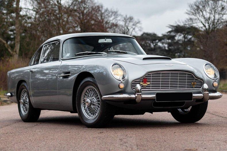 10-1962-Aston-Martin-DB4-SÇrie-V-SS