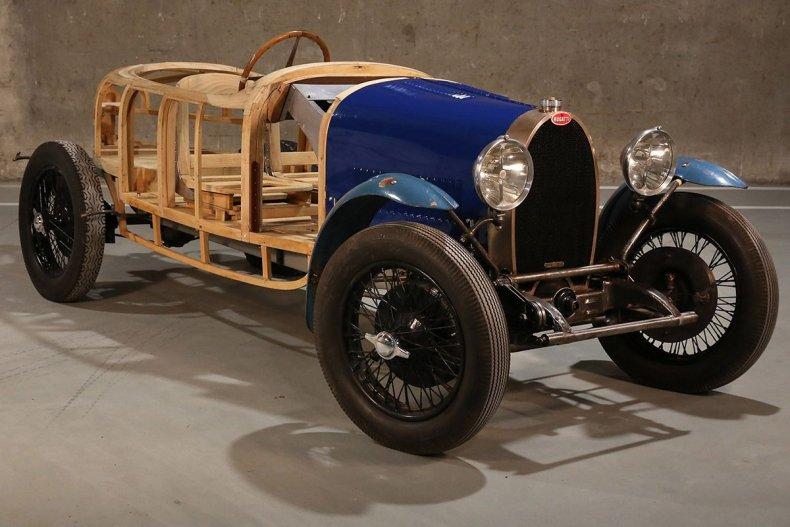 12-1929-Bugatti-Type-40-Copyright-Xavier-de-Nombel-(2)