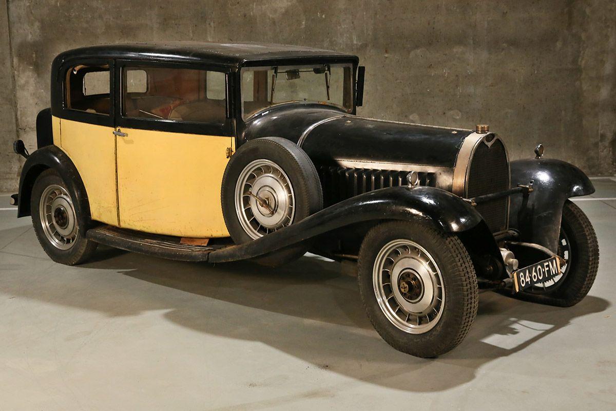 13-1932-Bugatti-Type-49-Berline-24-portes-Vanvooren