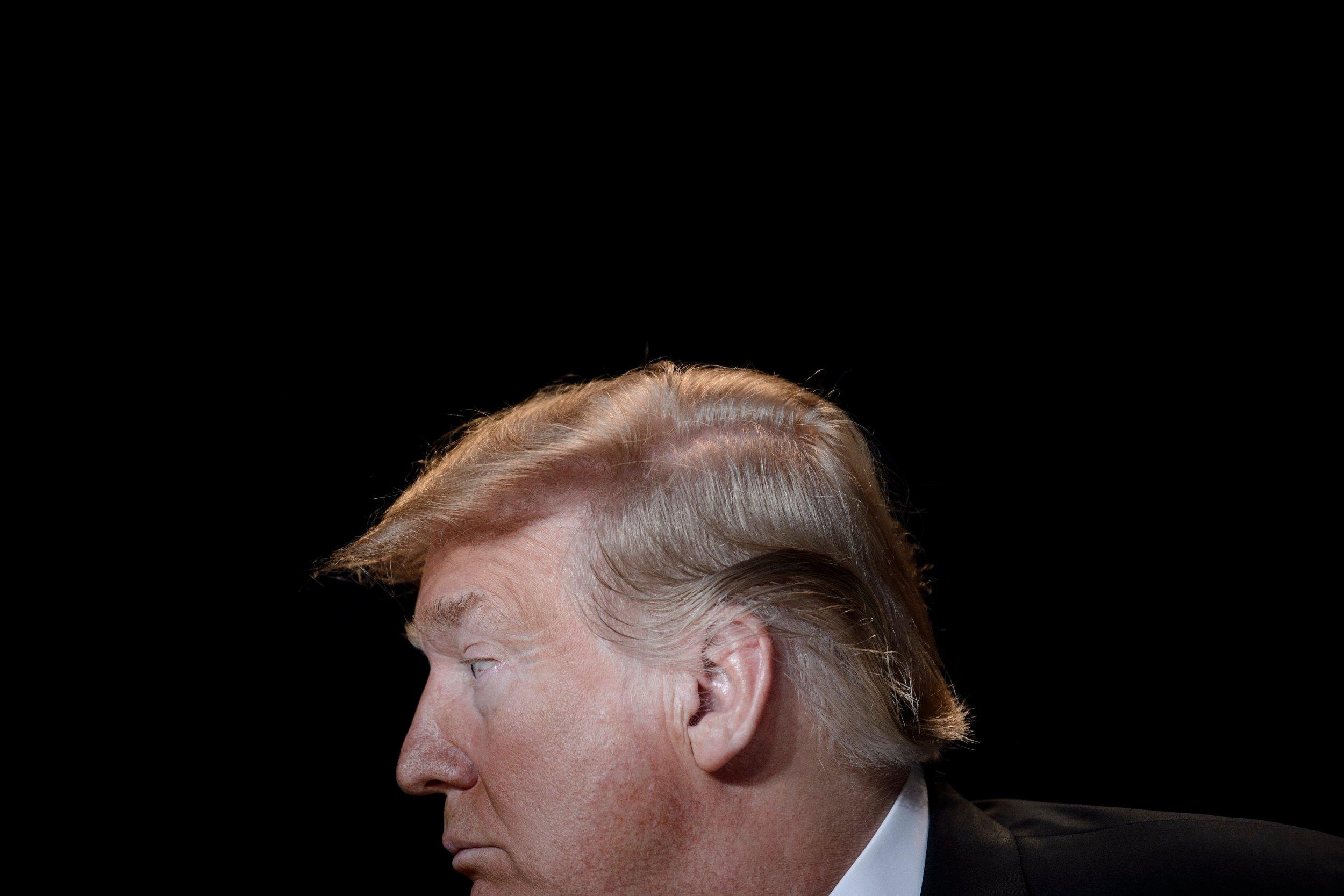 trump polls down