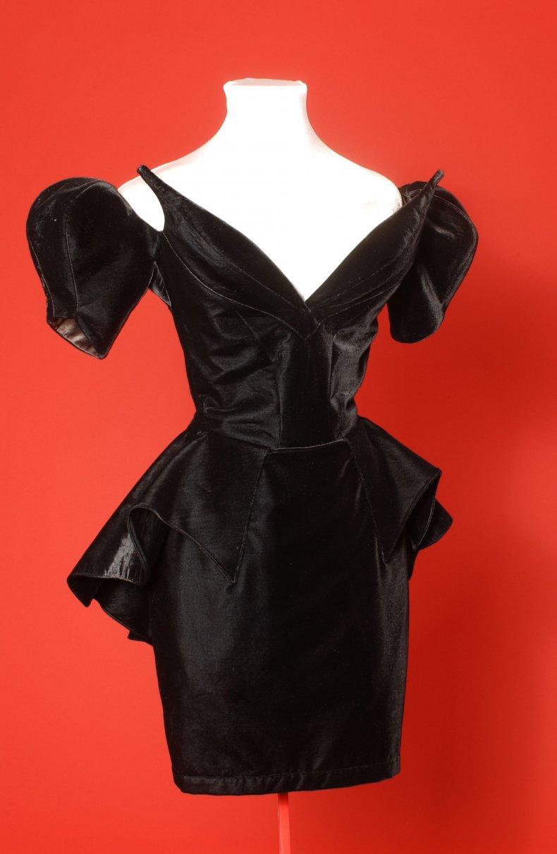 Thierry Mugler iconic fashion