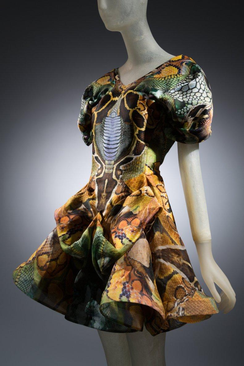 Alexander McQueen iconic fashion 1