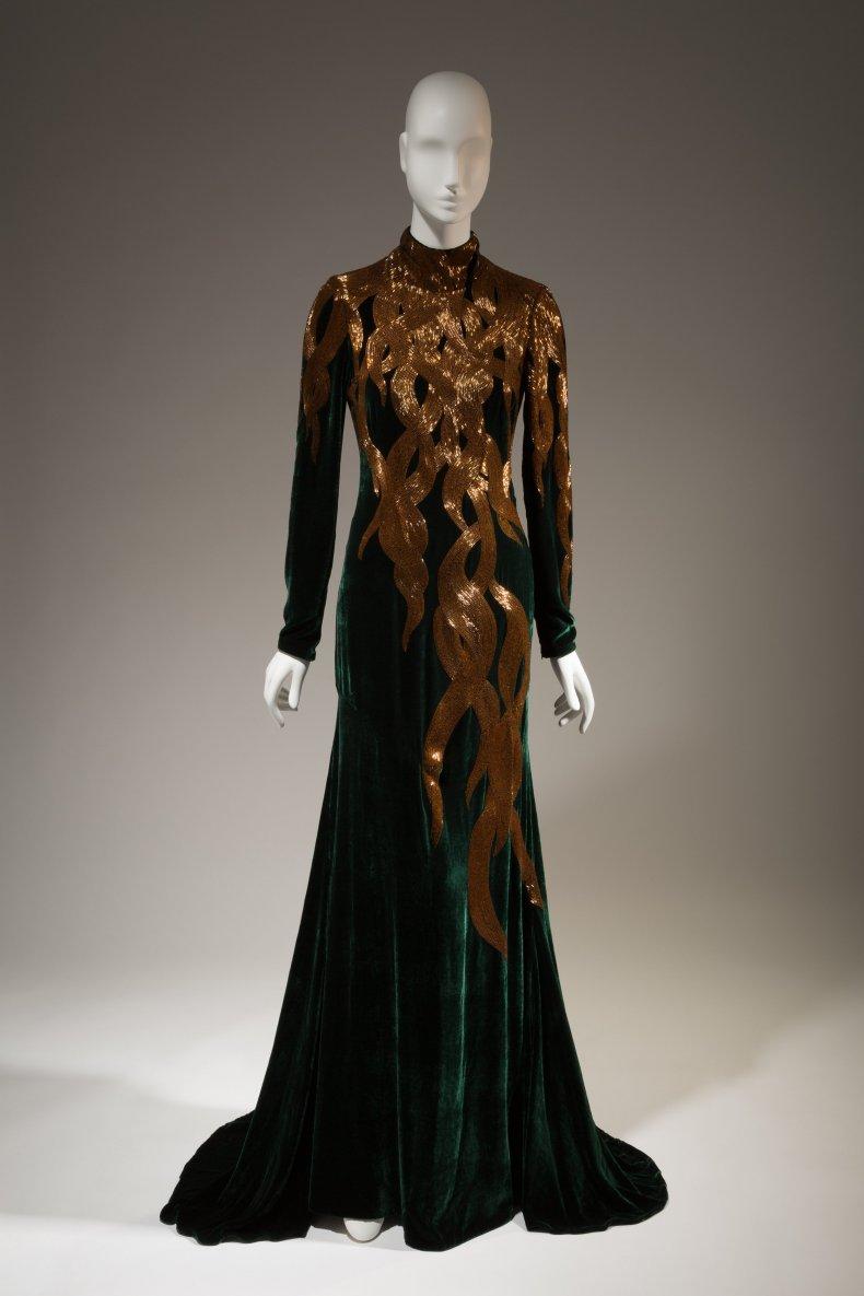 Alexander McQueen iconic fashion 2
