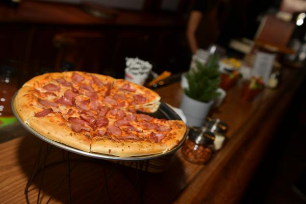 National Pizza Day 2019 Deals Pizza Hut Domino S And Other Offers