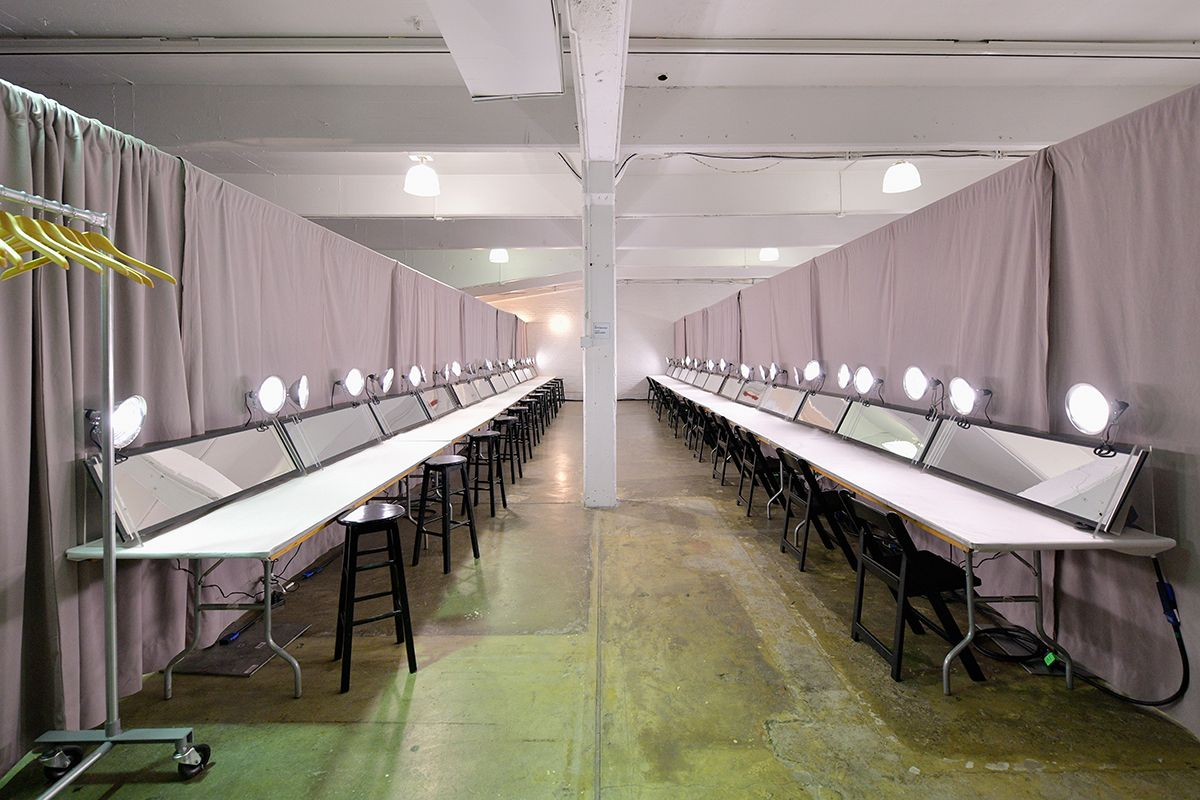 12 New York Fashion Week 2019 backstage GettyImages-1095075442
