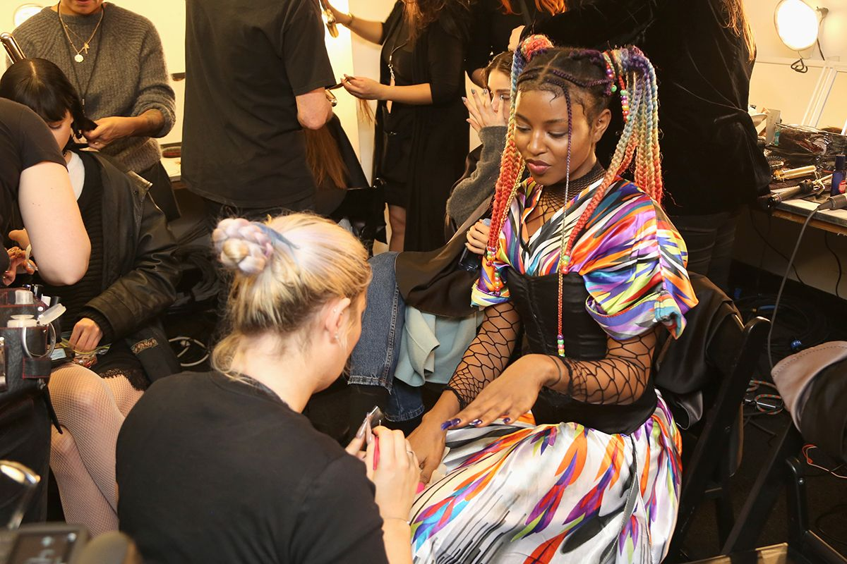 13 New York Fashion Week 2019 backstage GettyImages-1095170920
