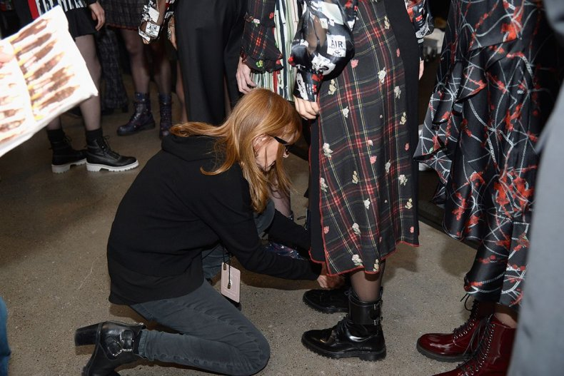 17 New York Fashion Week 2019 backstage GettyImages-1095190532