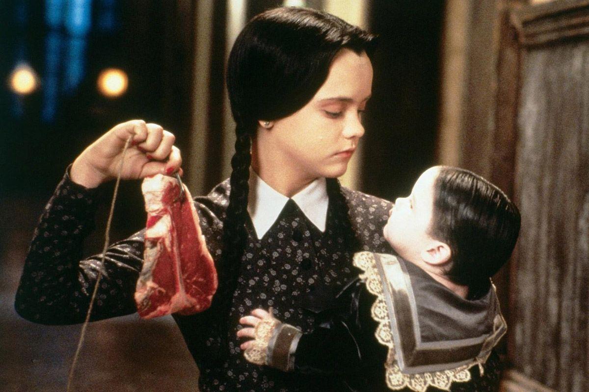 08 Christina Ricci Addams Family Values