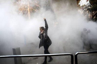 trump, iran, photo, shame, sorrow, protest, tweet