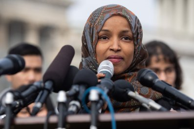 donald trump, ilhan omar, anti-semitic, apology