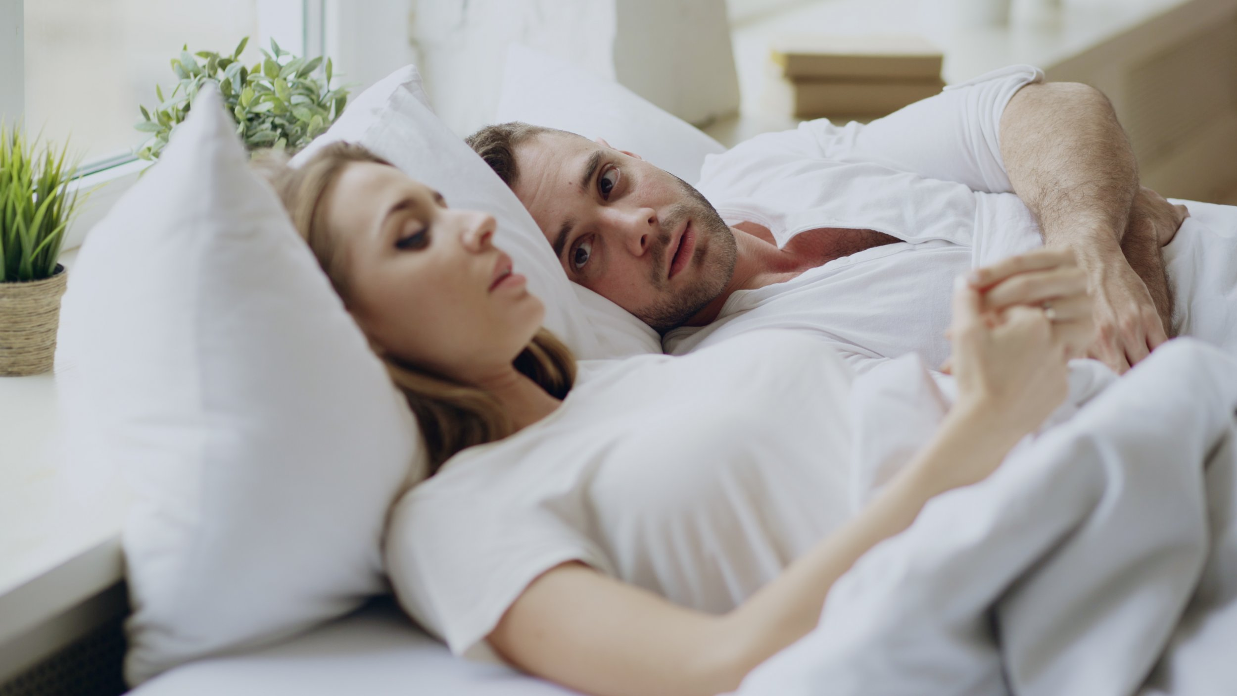 couple, in bed, relationship