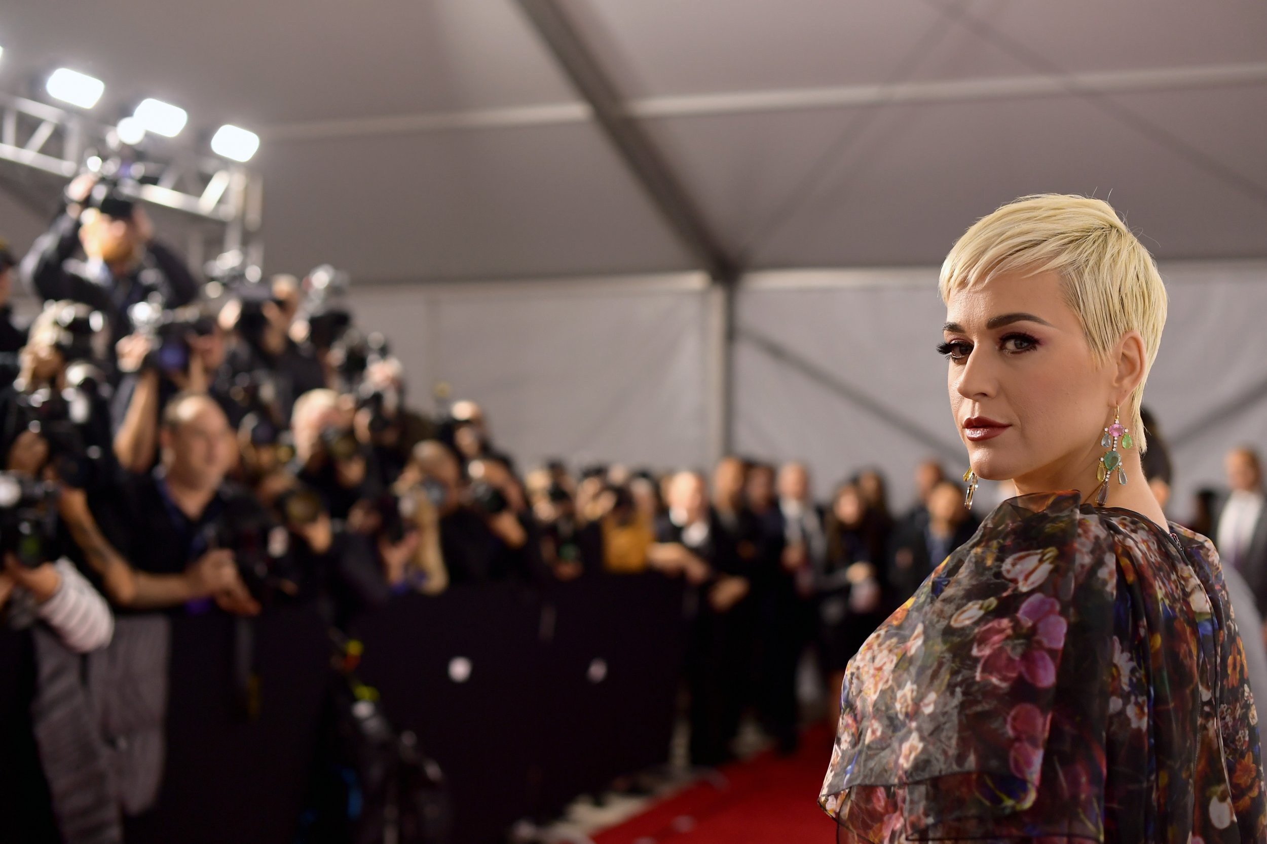 Katy Perry Shoes 'Not Blackface,' Daymond John Says
