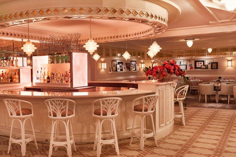 Swan Interior rose bar