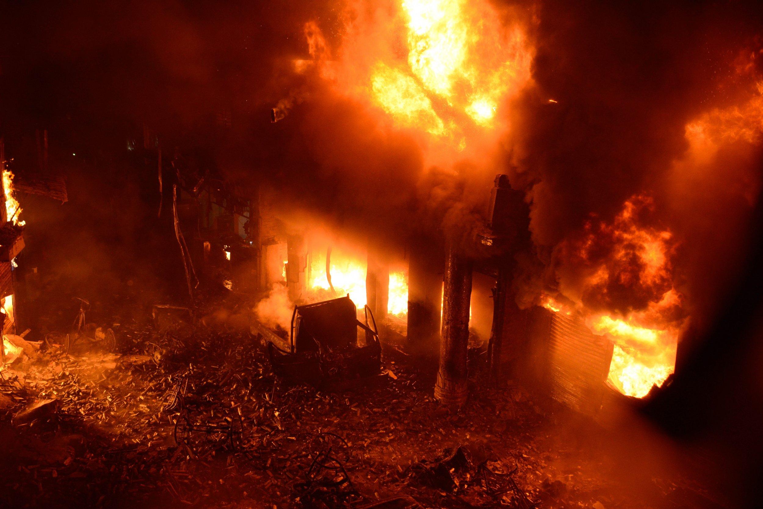 Dhaka fire Bangladesh apartments trapped warehouses