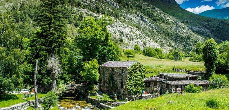 Best Walking Tours - Alps to the Mediterranean